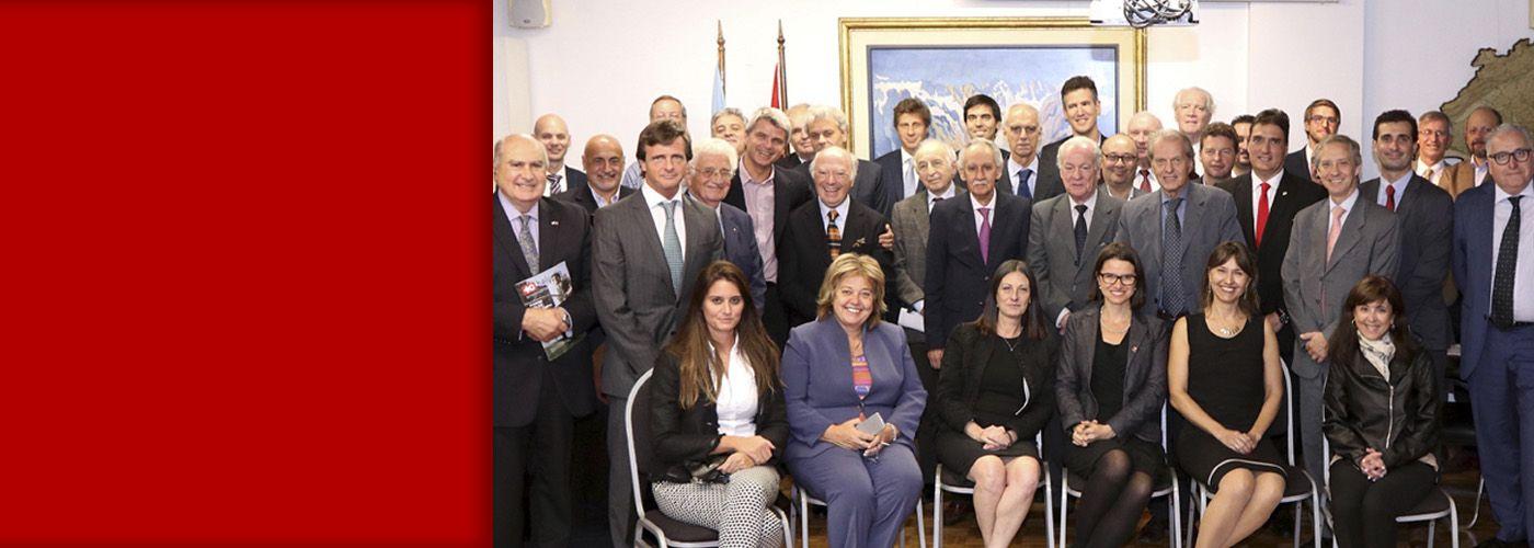 slider equipo de la camara de comercio suizo argentina