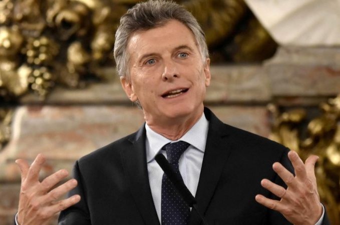 Argentina Reveals Tax Cut Proposals In Pro-market Reform Drive