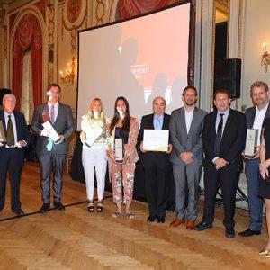Premio De HESS FAMILY, Entregado Por Bernardo Jarabroviski