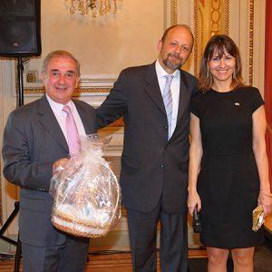 Juan Peña (PEÑA, FREYTES Y ASOC.), Fabián Von Brocke (JUST) Y Cecilia Dibárbora (CCSA)