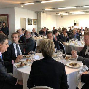 14 Vista General Del Almuerzo En La Sede De  La CCSA