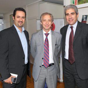 Diego Disabato (Swiss Int. Airlines), Alejandro Lentz (Embajada Suiza) Y Victor Rodríguez (Novartis)
