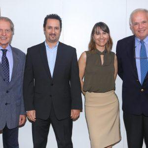 Rodolfo Dietl (CCSA), Diego Disabato (Swiss International Air Lines), Cecilia Dibarbora (CCSA) Y Mario Verschoor (Crossracer)