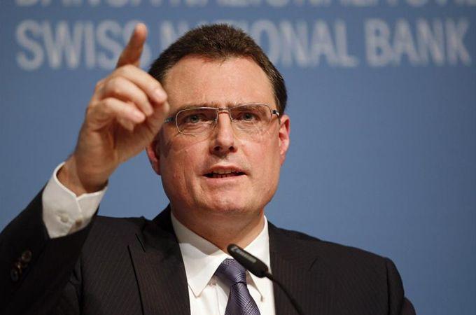Suiza sigue aplicando tasas de interés negativas