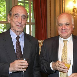 Dr. Ricardo Arriazu, Ubaldo Aguirre (Holcim Argentina)