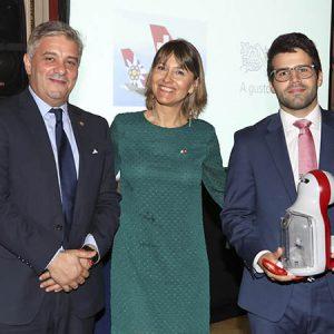 L. Bel (Nestlé Argentina), Cecilia Dibárbora (CCSA), A. Alonso (UBS)