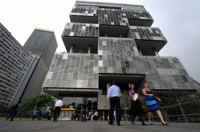 Corrupción: Suiza devuelve CHF 365 millones a Brasil